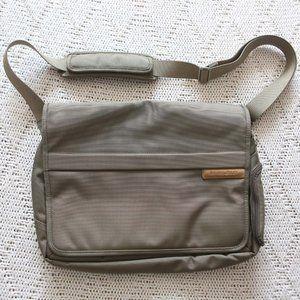 Briggs & Riley carry on shoulder bag olive color